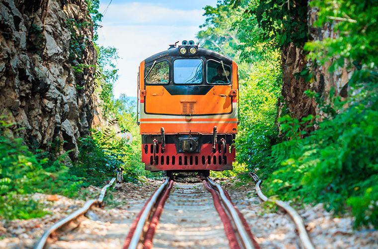 Шестерка длинных и интересных железнодорожных маршрутов