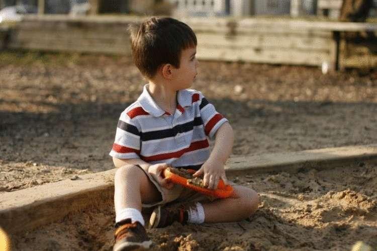 Смешная история про мальчика, которого не собирались забирать из детского садика