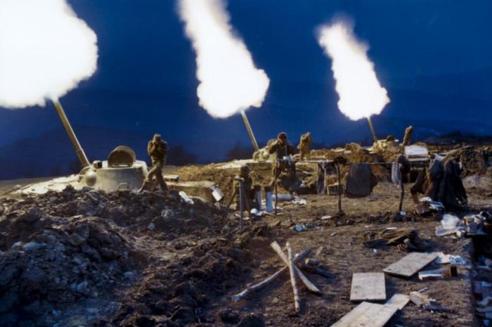 Артиллерийская подготовка российских войск. Россия, 1999 год.
