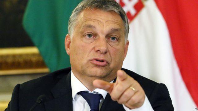 Премьер Венгрии рассматривает беженцев в качестве «мусульманских захватчиков»