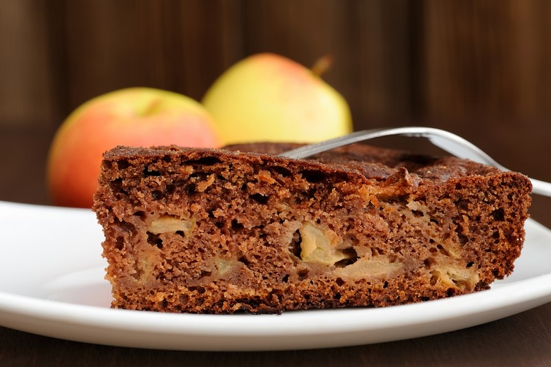 Рецепт яблочного пирога на кефире.