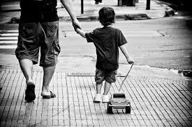 Мужской разговор: не мешайте сыну своим воспитанием