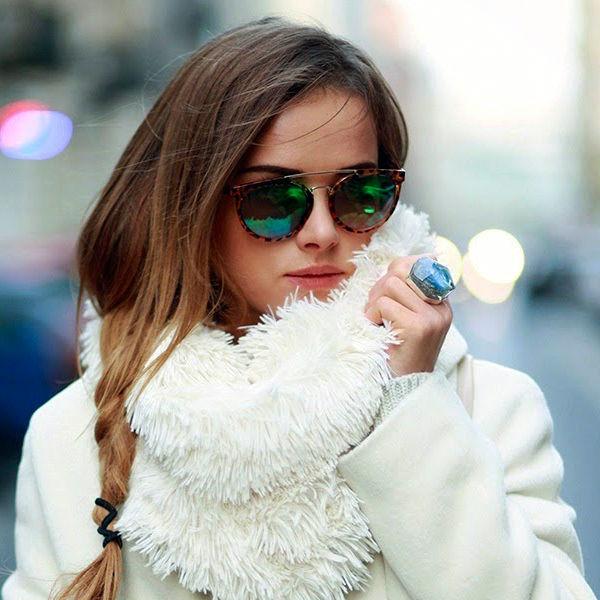 Снегом замело: как носить белый цвет зимой