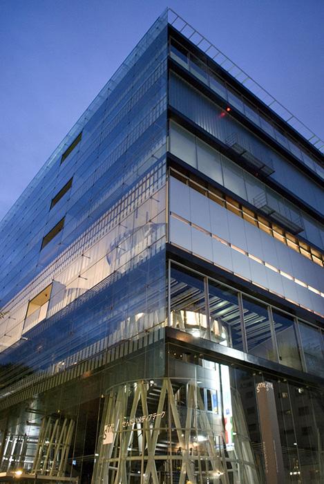 Фрагмент здания медиатеки