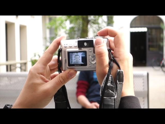 Сканер радужки глаза на Samsung Galaxy S8 обошли с помощью фотографии и линзы