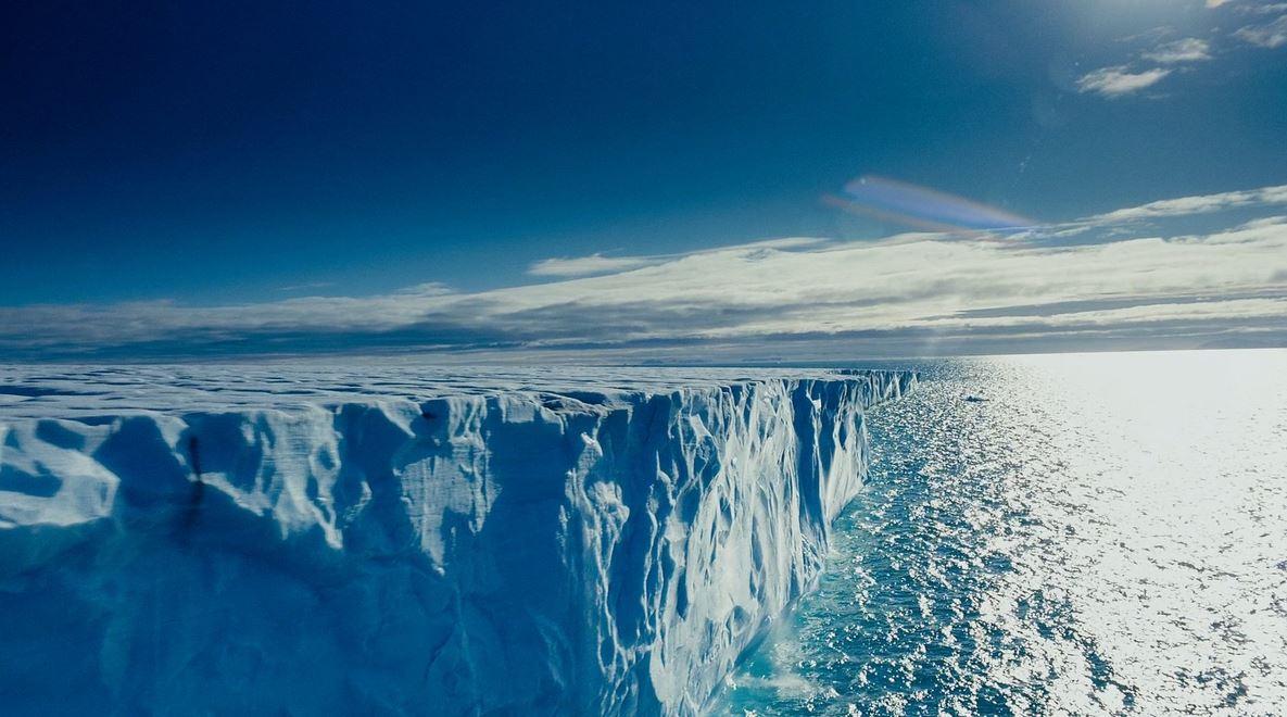 Зачем в Арктике хотели весь лед растопить