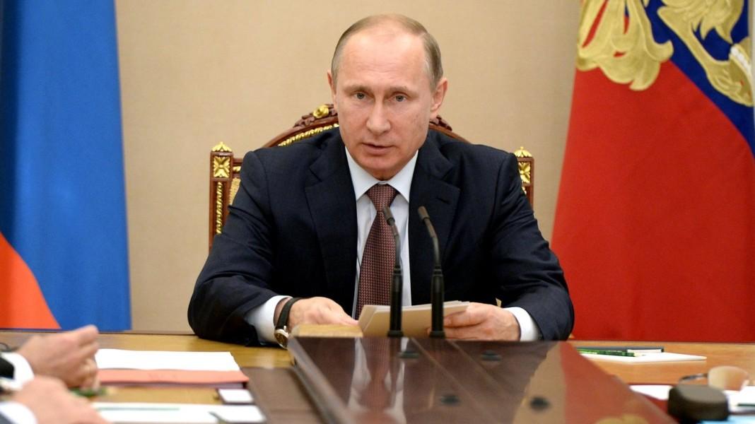 """Путин: заказчики доклада об имеющемся у РФ компромате на Трампа """"хуже проституток"""""""