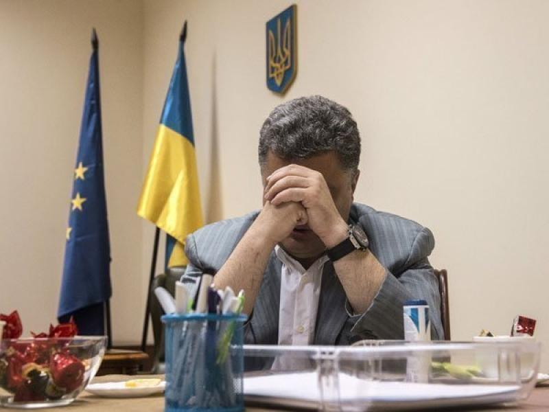 """Граждане Украины требуют от Порошенко  ввести """"АТО"""" по всей стране"""
