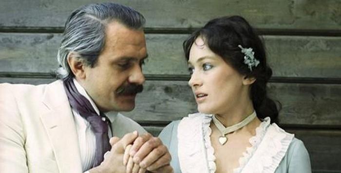 Помните Фильм «Жестокий романс» с Михалковым и Гузеевой?