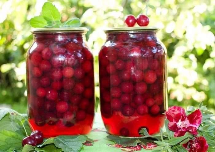 Как заготовить компот из вишни в литровых банках