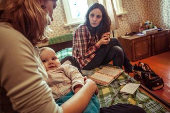В детдомах должны быть специалисты по работе с кровными и замещающими семьями