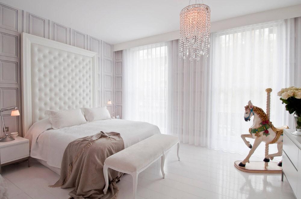 Белоснежное оформление спальни