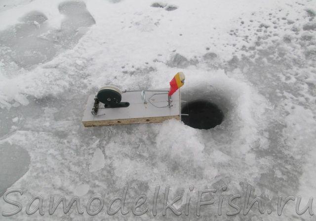 Уникальная удочка с автоподсекателем для зимней рыбалки своими руками