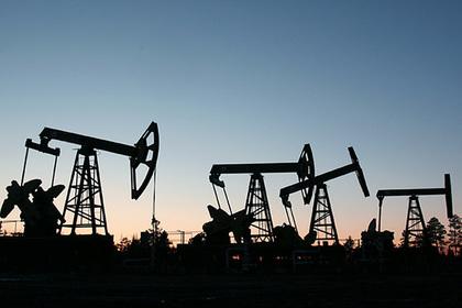 Цена на нефть Brent поднялась выше 55 долларов за баррель