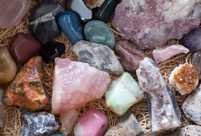 Выберите магический камень и узнайте все про свою ауру