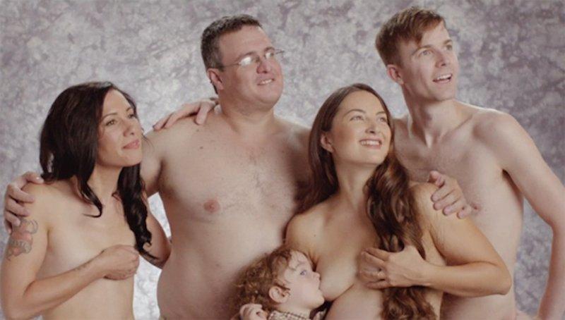 Семья Обнаженных Фото