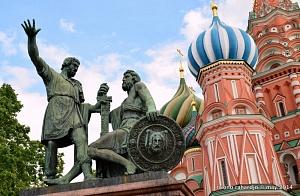 Пора быть русским, а не просоветским…