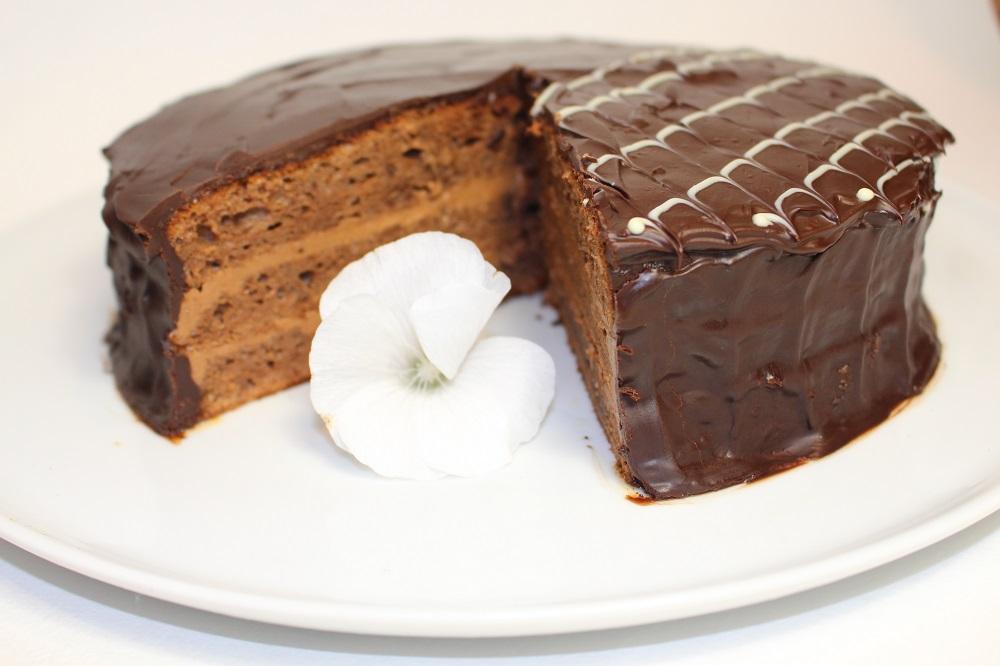 """Торт """"Прага"""" - пошаговый рецепт приготовления"""