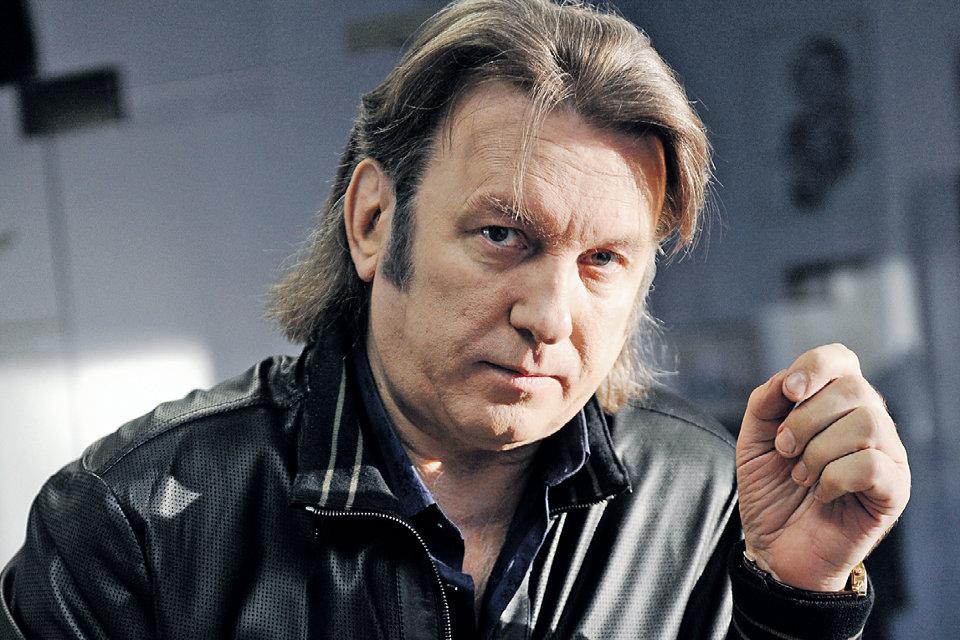 Юрий Лоза. Могу сейчас поехать в любой город Украины и на рынке купить автомат