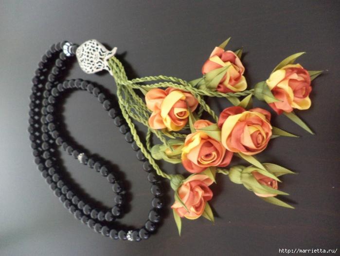 Миниатюрные цветы из ленточек своими руками