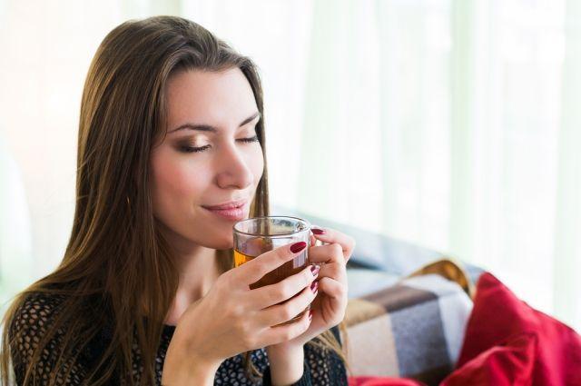Ароматерапия и травяные чаи. Что поможет справиться с бессонницей?