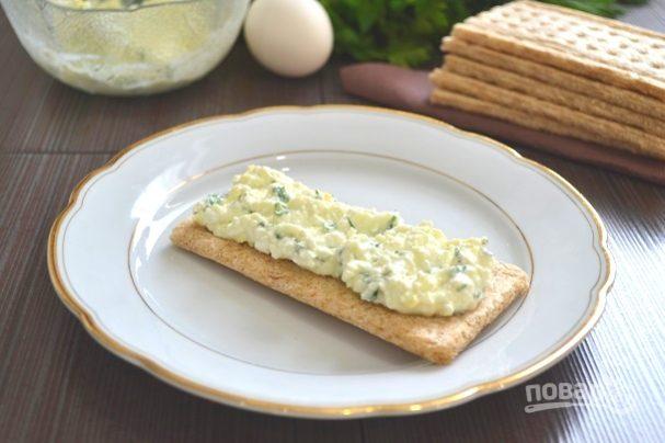 Белковый салат с зеленью