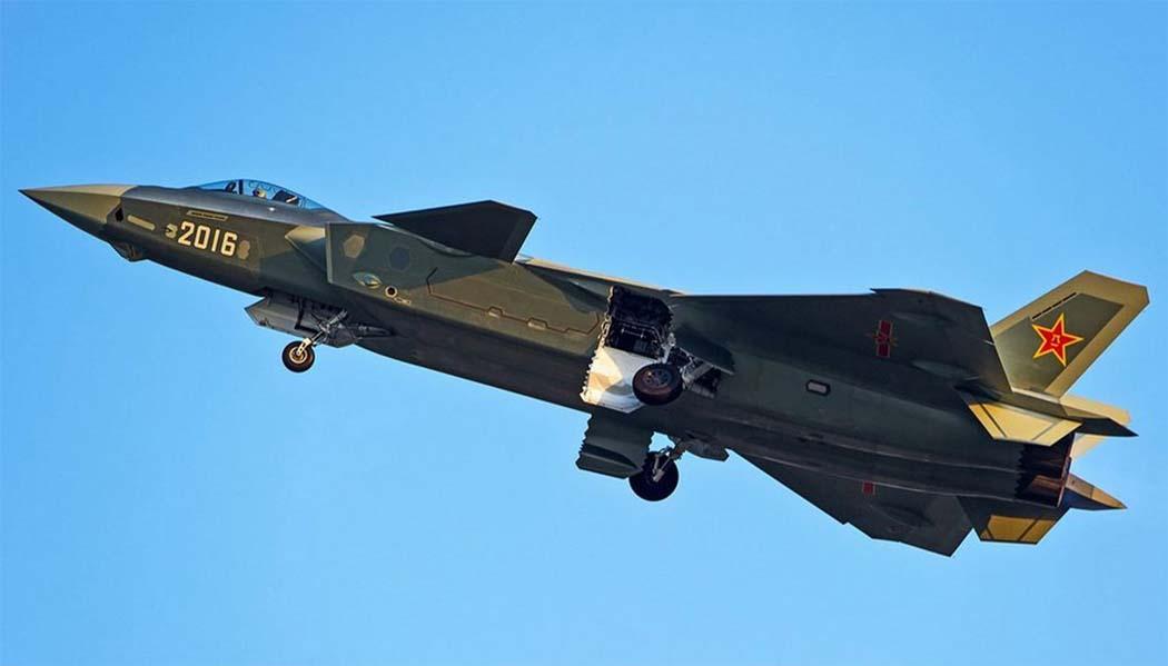 Китайский истребитель J-20 получит двигатели, оставляющие ПАК ФА далеко позади
