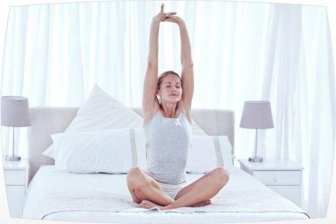 Постельная гимнастика для бодрости и хорошего настроения!