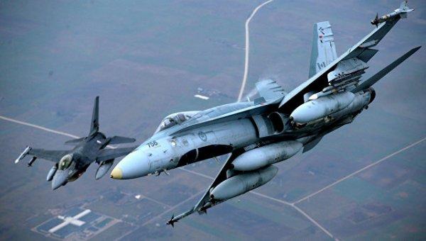 Воздушная разведка НАТО ищет бреши в обороне западных границ России