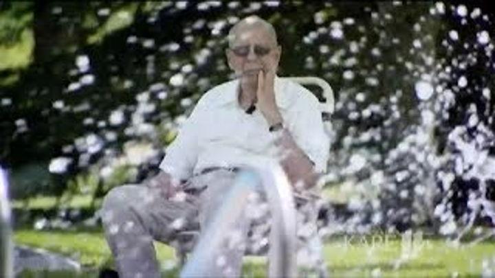 Кит Дейвисон (94) и его способ борьбы с одиночеством