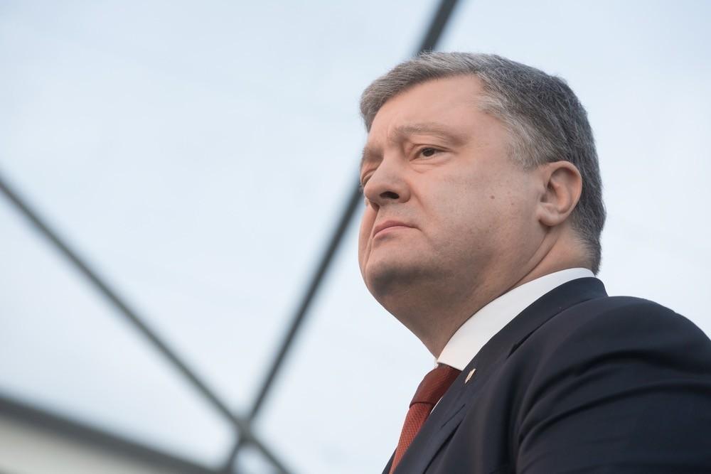 Очередное надувание щек: Порошенко анонсировал требование усилить антироссийские санкции