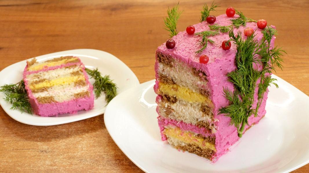 """Закусочный торт """"Сырное наслаждение"""" - видео рецепт"""