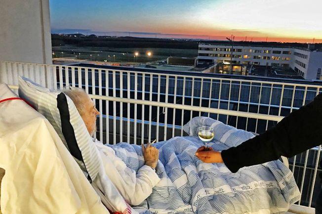 В датской больнице умирающему позволили наблюдать последний закат с сигаретой и стаканом вина