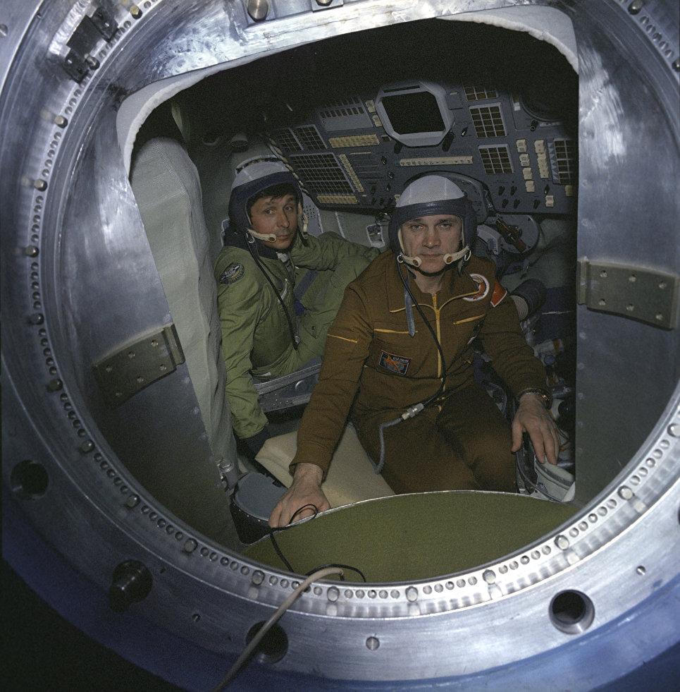 «Салют-7»: история реального подвига