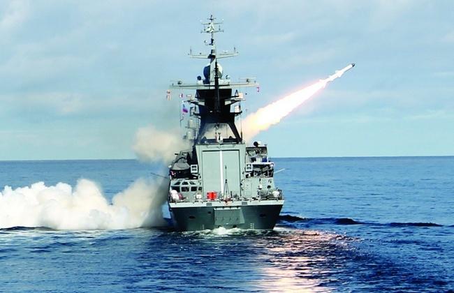 Черноморский флот открыл огонь по самолету ВВС Украины