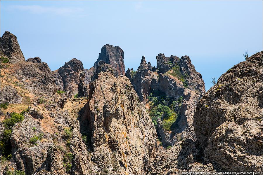 Самый старый в мире спящий вулкан. Карадаг