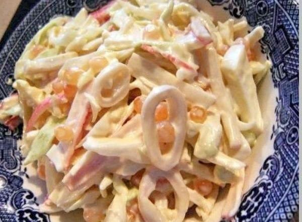 Три простых, но очень вкусных салатика с кальмарами