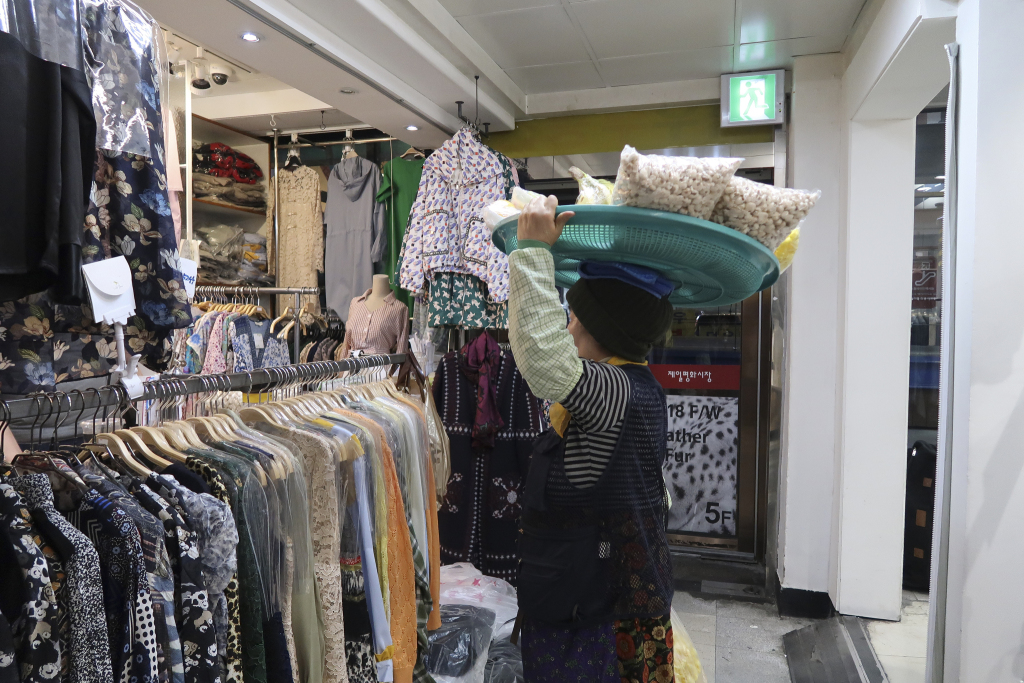 В Корее хороший шоппинг?