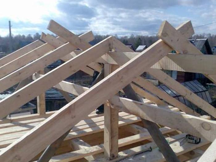 Крыша - надёжная защита каждого дома.