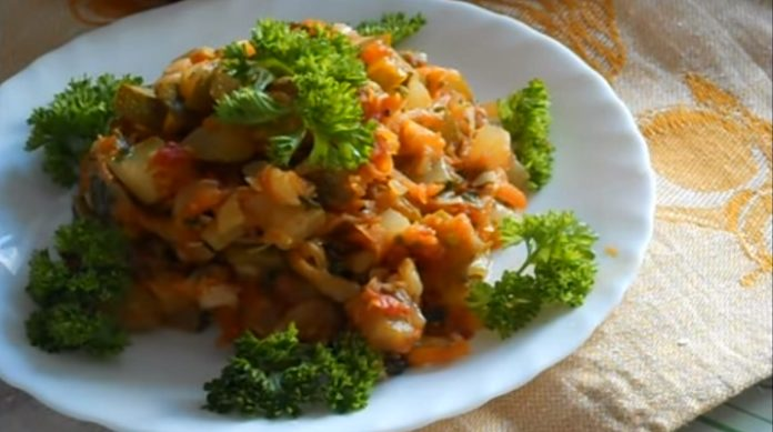 Очень вкусные тушеные кабачки с овощами