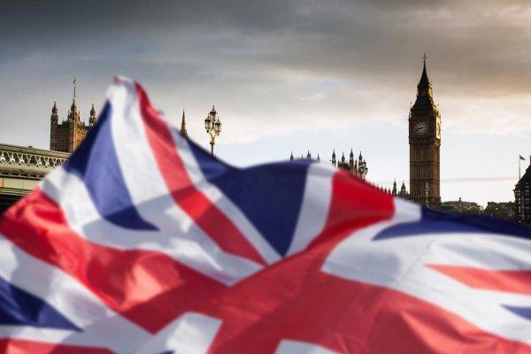 Великобритания признала слабость перед Россией