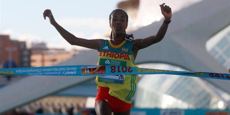 Эфиопка установила новый мир…