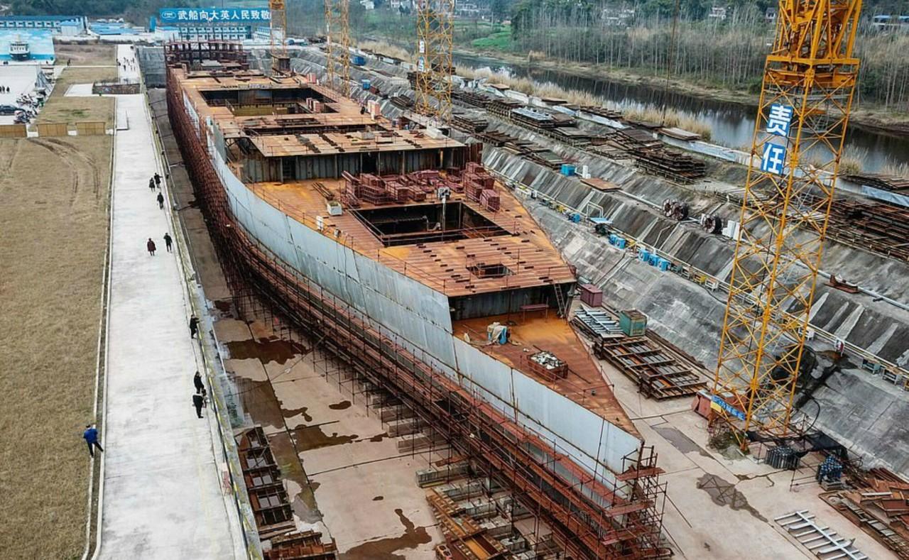 """В Китае продолжается строительство точной копии """"Титаника"""""""