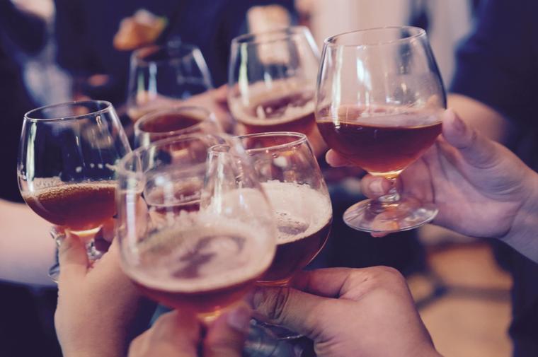 Алкоголь по-разному влияет н…