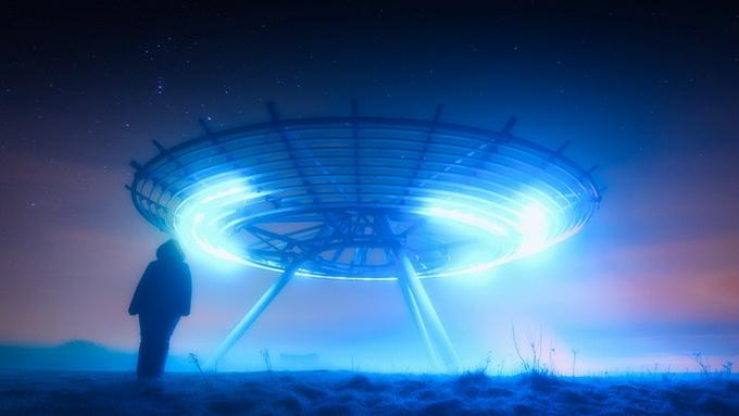 Бывший министр обороны Канады Пол Хеллиер о пришельцах и НЛО