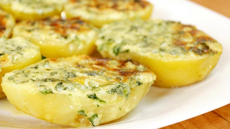 Чесночная картошка - видео рецепт