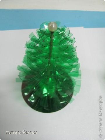 Поделка, изделие Моделирование: МК елочки и шишки из пластиковых бутылок Бутылки пластиковые Новый год. Фото 16