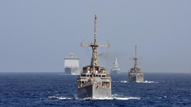 Daily Mail: Тереза Мэй отправила в Чёрное море «охотника на Путина»