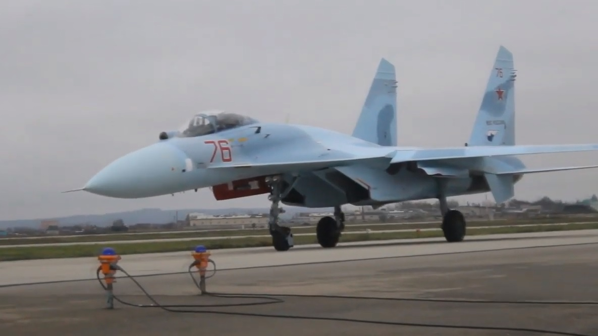 В Крымск поступили очередные три модернизированных истребителя Су-27СМ(3)
