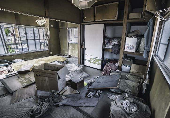 Брошенные жилища зона отчуждения, радиоактивная зона, фото, фукусима, япония